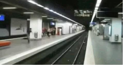 Enlace a Parkour en el metro