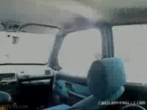 Enlace a Entrar en un coche con estilo