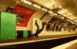 Enlace a Salto en el metro