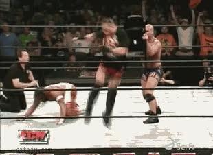 Enlace a WWE Genial actuación