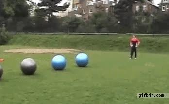 Enlace a Porque tirarse a la piscina teniendo seis pelotas