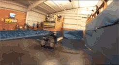 Enlace a Aaron Fotherinham primer Double Backflip  en silla de ruedas