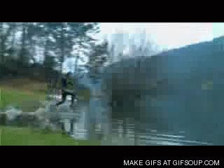 Enlace a Hombre corre sobre el agua (¡Y no es jesucristo!)