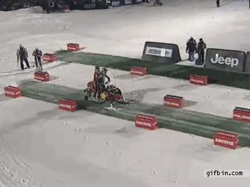 Enlace a Backflip moto de nieve