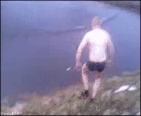 Enlace a Nadar en un charco