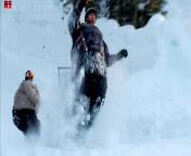 Enlace a Jackass 3D, salto en la nieve
