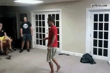 Enlace a Cómo romper una puerta en 3 segundos