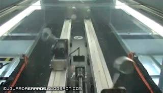 Enlace a Robot Malabarista