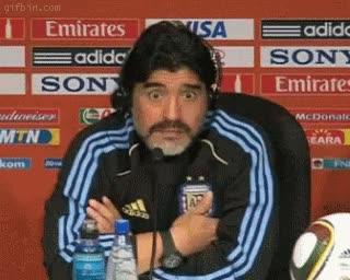 Enlace a OMG de Maradona