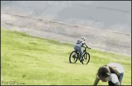 Enlace a Dando un paseo en bici