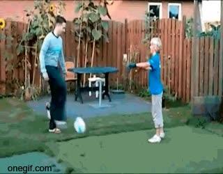 Enlace a Papá, vamos a jugar a futbol