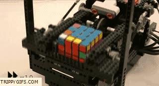 Enlace a Robot de lego que resuelve el cubo de rubik
