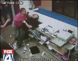 Enlace a Paliza al atracador