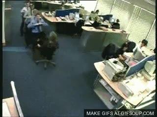 Enlace a Un día cualquiera en la oficina