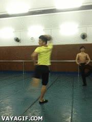 Enlace a Karate Vs Ballet
