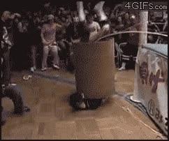 Enlace a Hombre barril en lucha libre