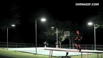 Enlace a Frisbee y baloncesto, nivel asiático