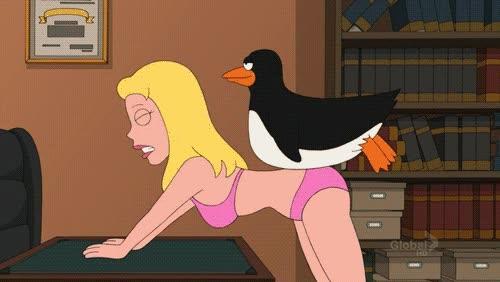 Enlace a NUNCA entres en el despacho de un pingüino sin llamar
