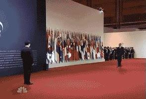 Enlace a Así se presenta un presidente