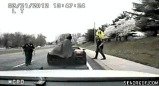 Enlace a Batman detenido por exceso de velocidad