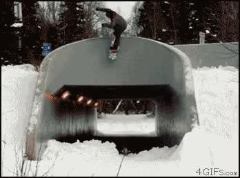 Enlace a Snowboard, él sabe cómo hacerlo muy bien