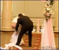 Enlace a Y por eso se retrasó la boda
