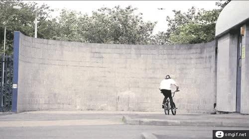 Enlace a Paseo de BMX por la pared