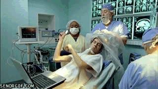 Enlace a Cirujanos divirtiéndose