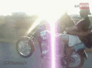 Enlace a Adiós columna y adiós moto