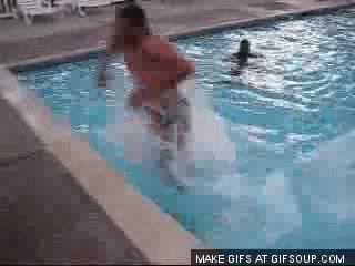 Enlace a Así se sale de la piscina como Dios