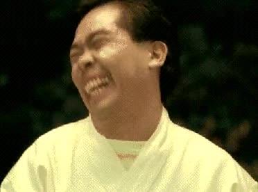 Enlace a Cuando te ríes por obligación