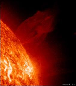 Enlace a Explosión de fuego en el Sol, ¡increíble!