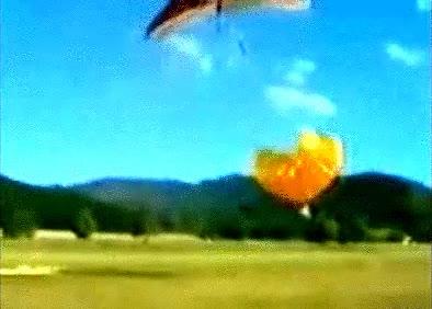 Enlace a Cuando el paracaídas se abre antes de tiempo