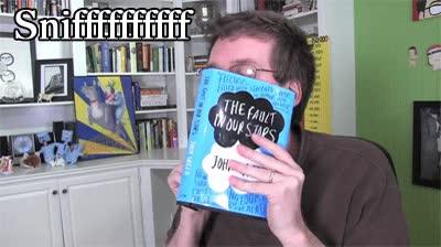 Enlace a El aroma a libro nuevo
