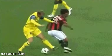 Enlace a Ronaldinho, puro espectáculo