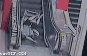 Enlace a Subiendo escaleras mecánicas en silla de ruedas no es de ser muy inteligente