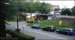 Enlace a Y por eso los puentes deben ser más altos