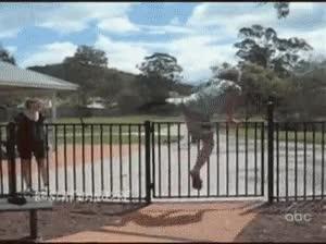 Enlace a Malditas puertas automáticas