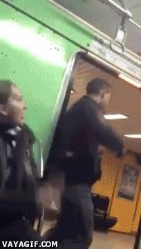 Enlace a Cómo robar en el metro