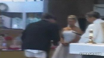 Enlace a No puede esperar a la noche de bodas