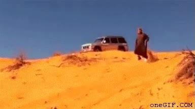 Enlace a No le veo el problema a bajar corriendo una duna con sotana