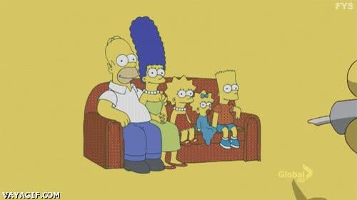 Enlace a Tatuaje oculto de Marge Simpson