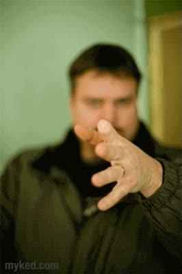 Enlace a El truco del pulgar, versión realista