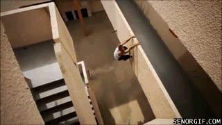 Enlace a Las escaleras son para los pringaos