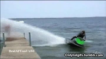 Enlace a Moto de agua usó Hidrobomba, ¡es súper efectivo!