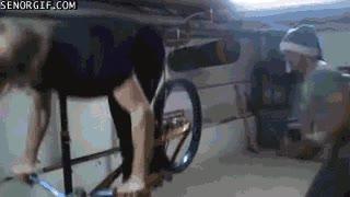 Enlace a ¡Hola, os presento a mi amigo biker-abridor!