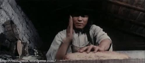 Enlace a ¿Cuchillo del pan? ¿Para qué? Soy chino