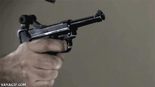 Enlace a Luger P08 disparada a cámara lenta