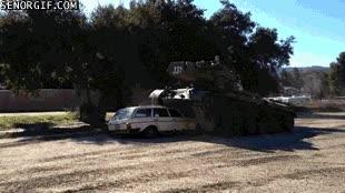 Enlace a Habíamos pensado ir por otro lado, pero aplastar tu coche tampoco era mala opción