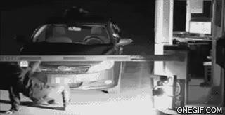 Enlace a Truco para salir de un parking sin pagar